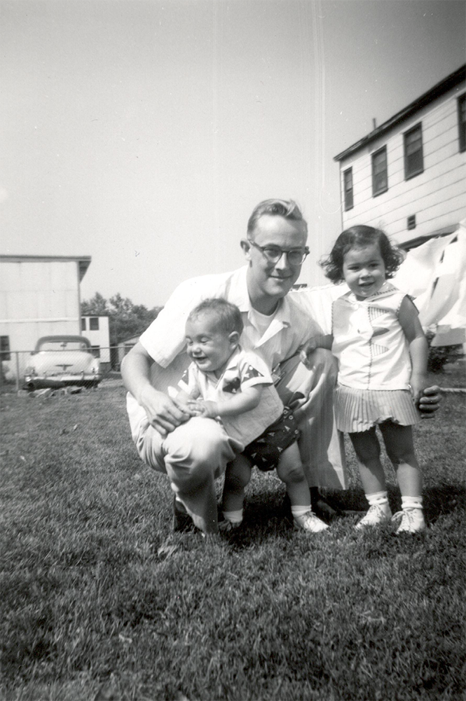 Jim Rand with two of his children in 1960.