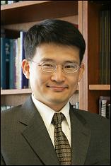 Dr. Yunho Hwang