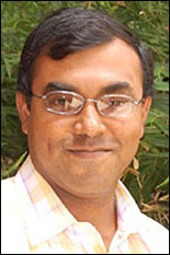 Professor Amit Roy-Chowdhury graduated with his Ph.D. from ECE in 2002.