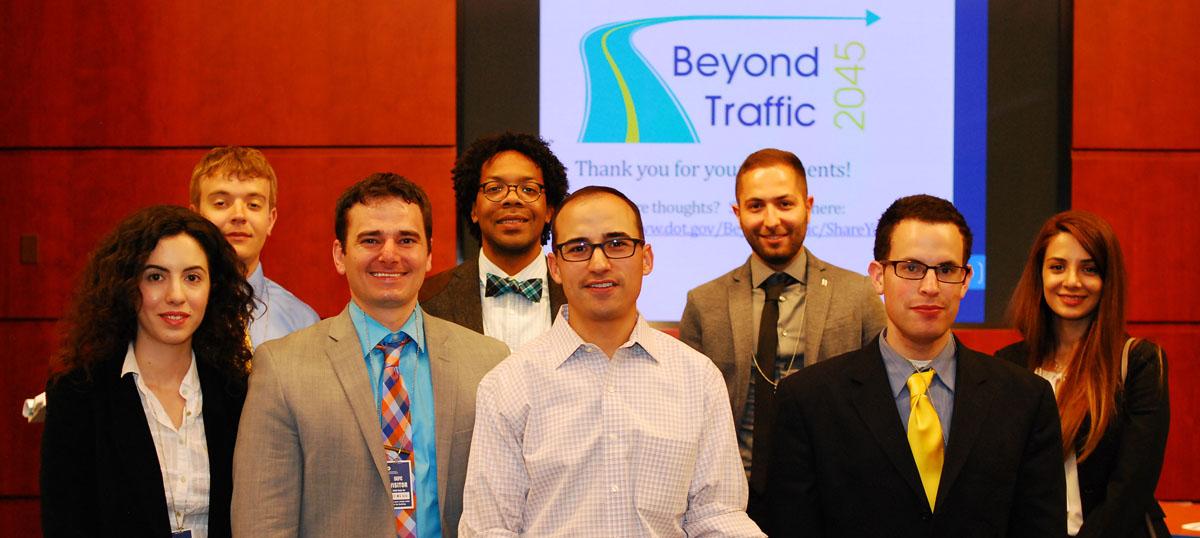 Full Size Image: UMD students with USDOT leadership team.