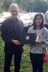 Dr. Reinhard Radermacher presented Ransisi Huang with the Fall 2017 Best Student Consortium Presentation Award at the Department of Mechanical Engineering graduate affairs picnic.