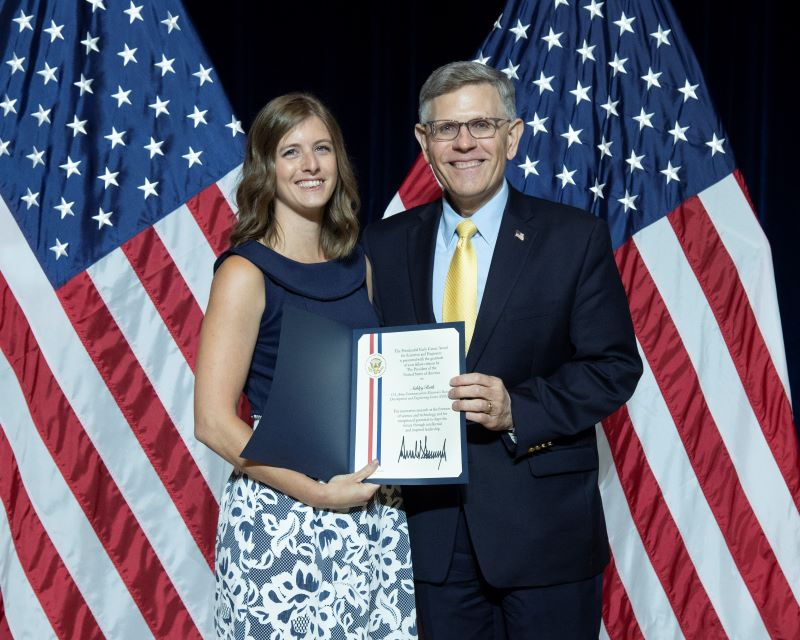 Ashley Ruth received her award from Dr. Kelvin Droegemeier, Director of the White House Office of Science and Technology Policy; photo provided by Ruth.