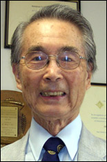 Professor Emeritus Hung C.