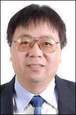 Assistant Professor Chunsheng Wang.