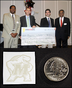 Top: Diangnostic anSERS, a company founded by BioE graduate students, won 3rd place in its division. Top, left to right: Clark School dean Darryll Pines, BioE graduate student and Fischell Fellow Sean Virgile, BioE graduate student Eric Hoppmann, and Robert H. Smith School of Business dean G.
