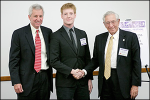 Left to right: BioE Professor and Chair William E. Bentley, 2013 Fischell Fellow John Goertz, and Dr. Robert E. Fischell.