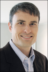Assistant Professor Ian White (joint, BioE and ISR; member, Maryland Nanocenter).