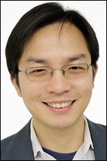 Assistant Professor Liangbing Hu (MSE/NanoCenter/UMERC).