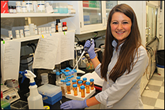 BioE graduate student Laurie Bracaglia