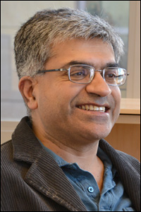 UMD Clark School Alumnus Harsh Deep Chopra (Ph.D. '93, materials science and engineering), Professor and Chair of Temple University's Mehanical Engineering Department of.
